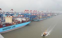 World major logistics firm Maersk opens logistics center in Vietnam